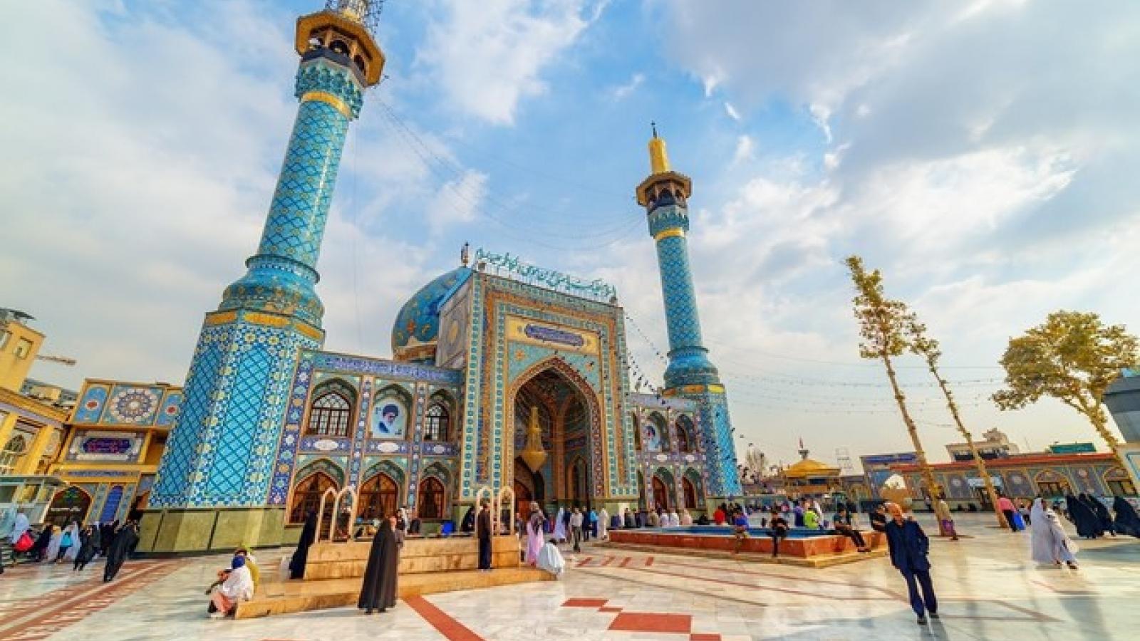 Iran mở cửa trở lại nhiều nhà thờ Hồi giáo
