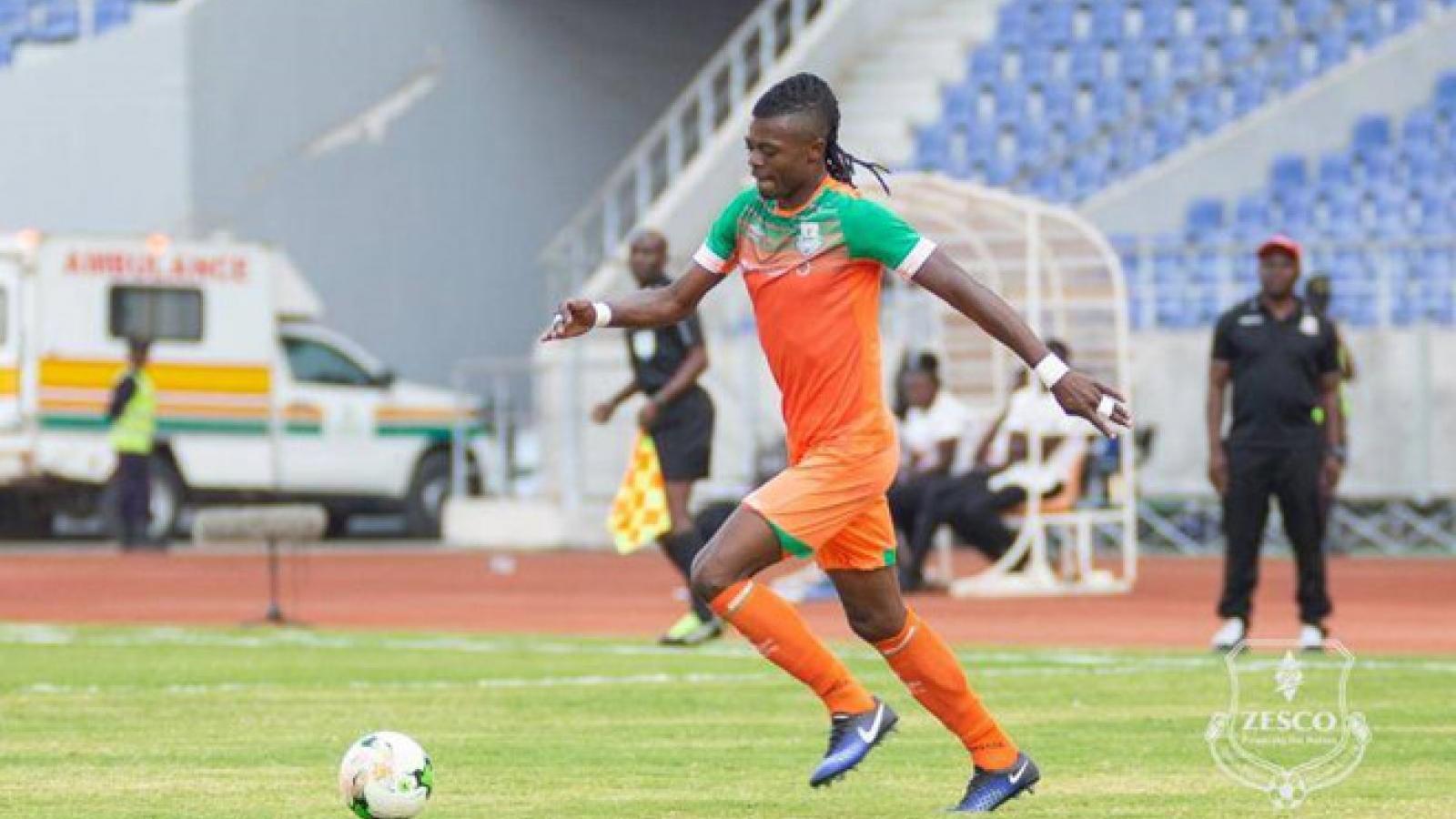 Cầu thủ châu Phi được mời nhập tịch Malaysia đấu ĐT Việt Nam qua ... game