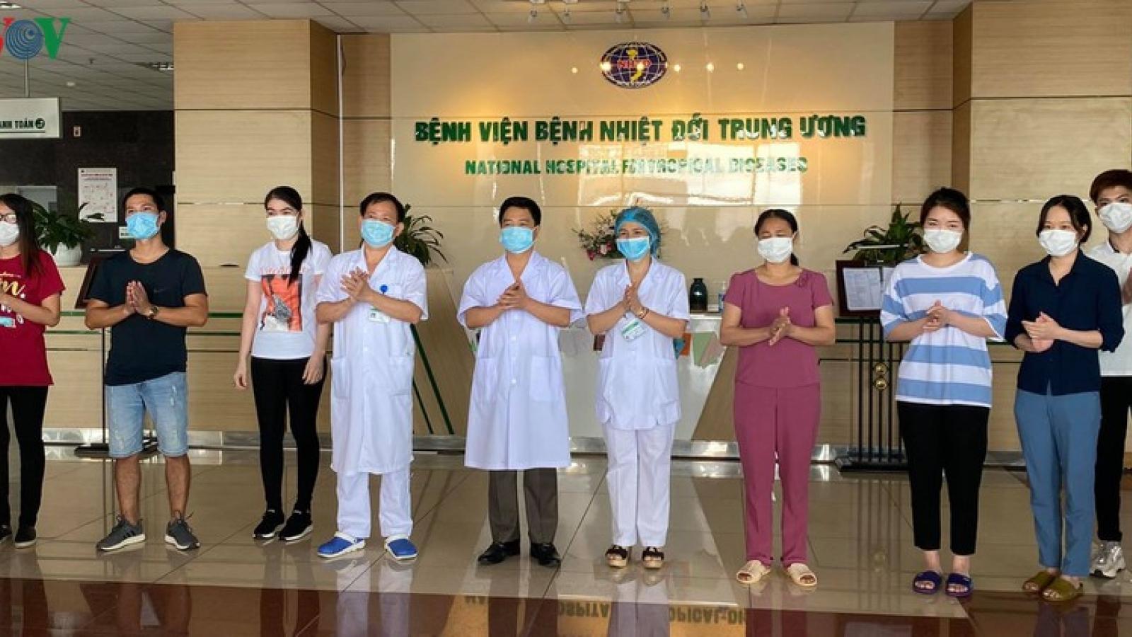 Thêm 3 ca mắc Covid-19 khỏi bệnh, Việt Nam đã điều trị khỏi 263 ca