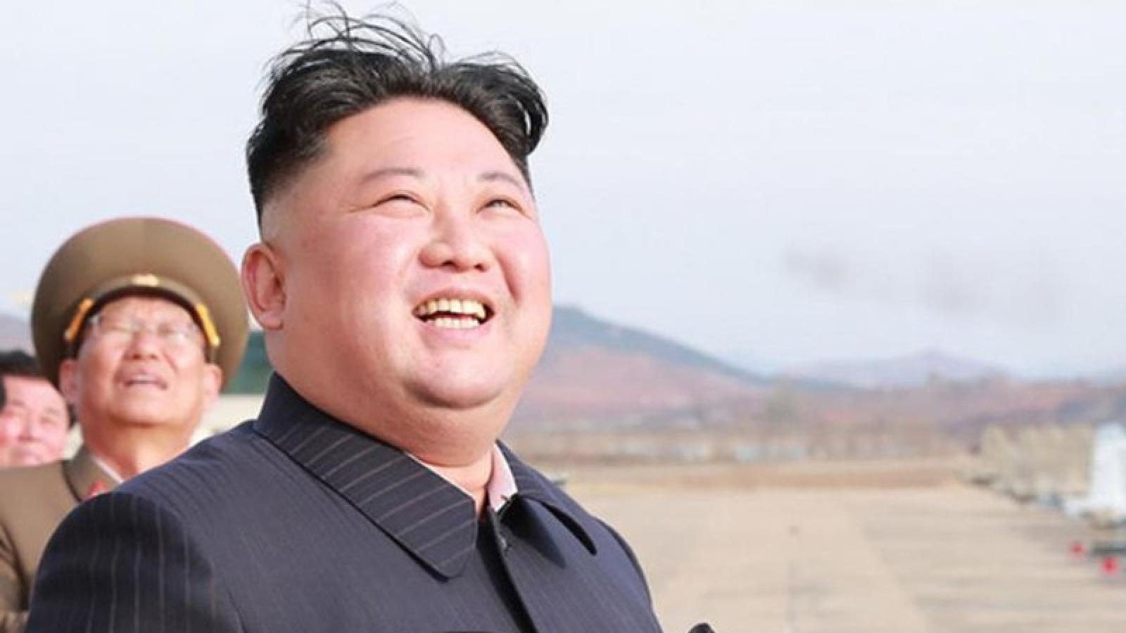 Tổng thống Putin trao Huy chương Chiến thắng cho Chủ tịch Kim Jong Un
