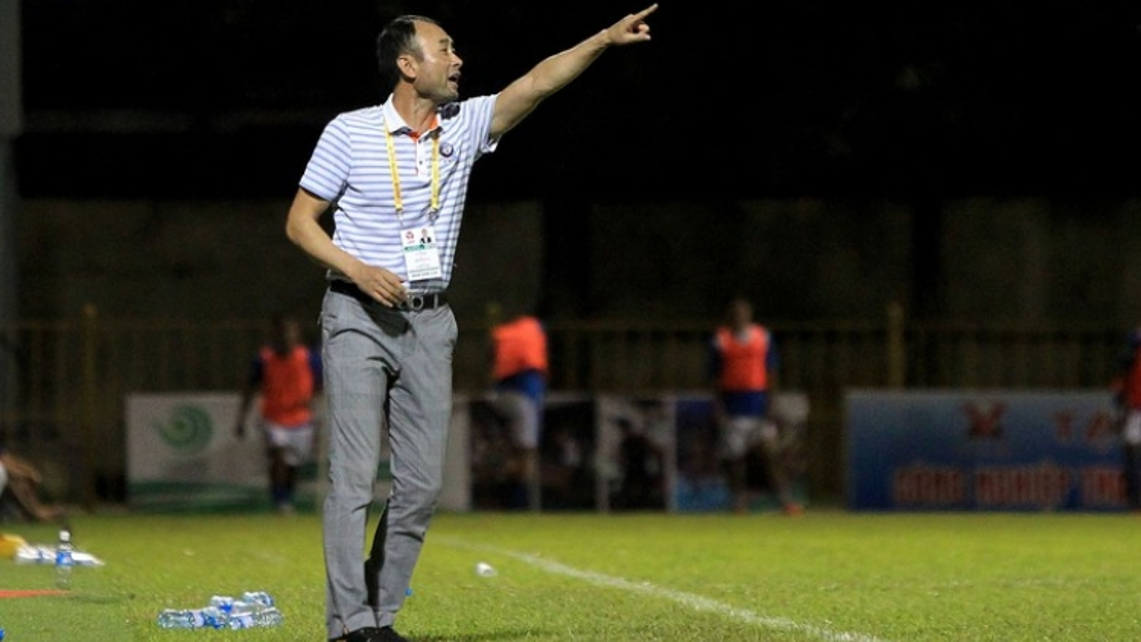 HLV HAGL: Nam Định là đội bóng lớn ở Thiên Trường