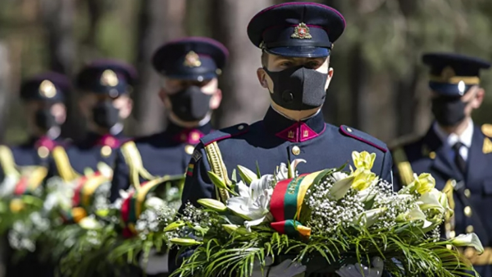 Các nước Châu Âu kỷ niệm Ngày Chiến thắng giữa đại dịch Covid-19