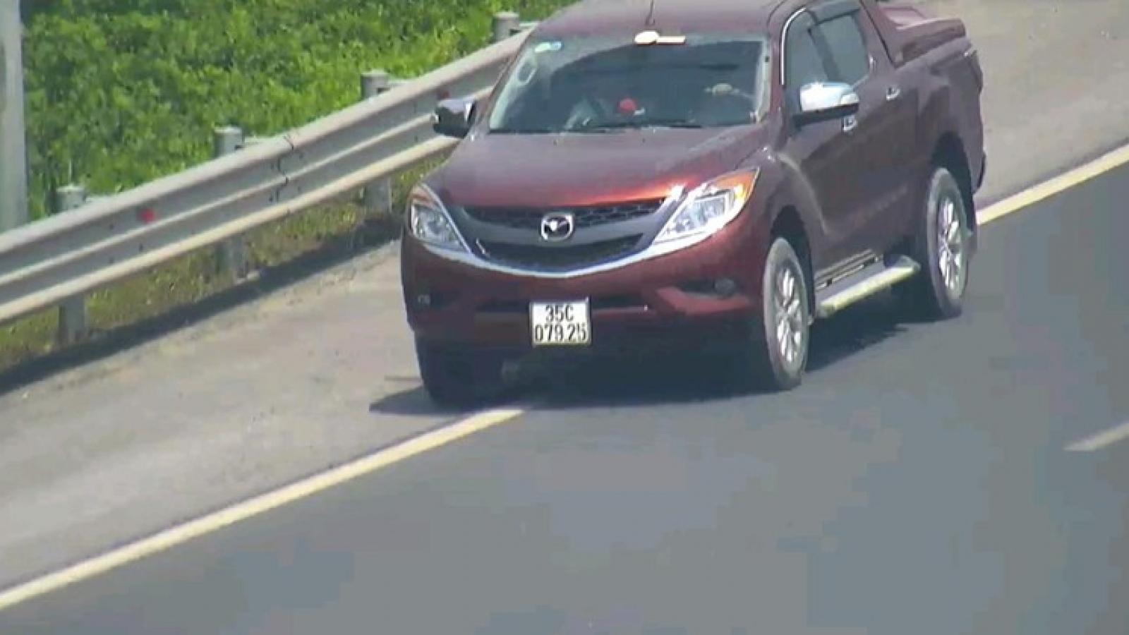 Phạt 17 triệu đồng xe đi lùi trên cao tốc Hà Nội – Hải Phòng