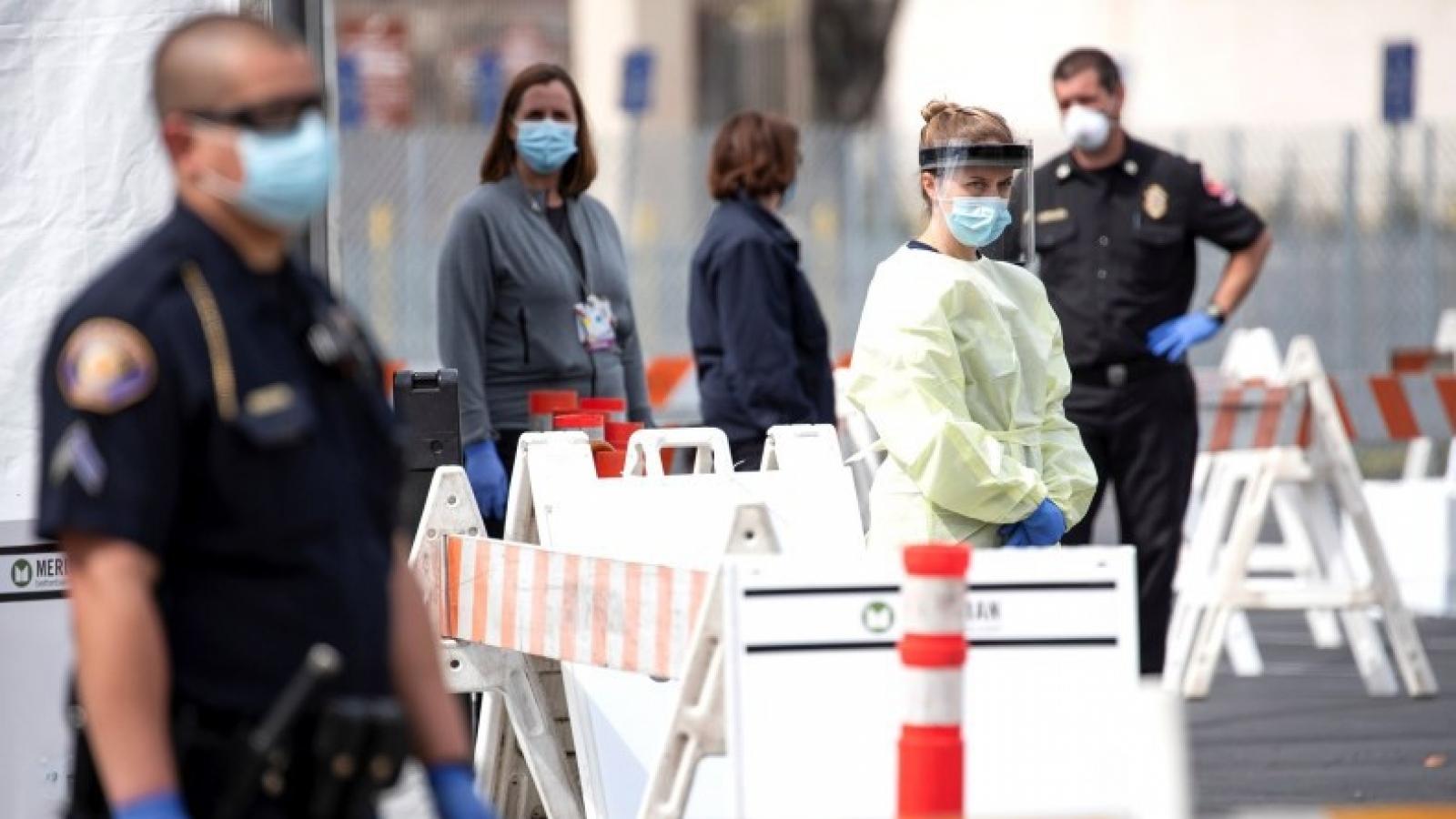 Tiềm ẩn làn sóng lây nhiễm Covid-19 nguy hiểm mới ở Mỹ