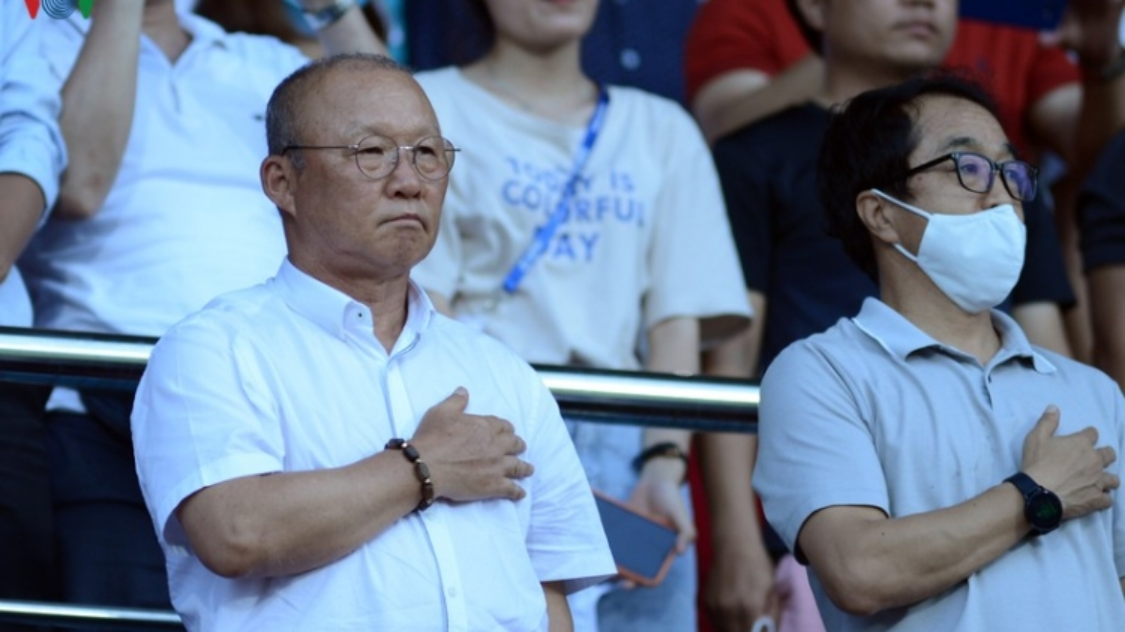 HLV Park Hang Seo dự khán trận Khánh Hòa vs Viettel