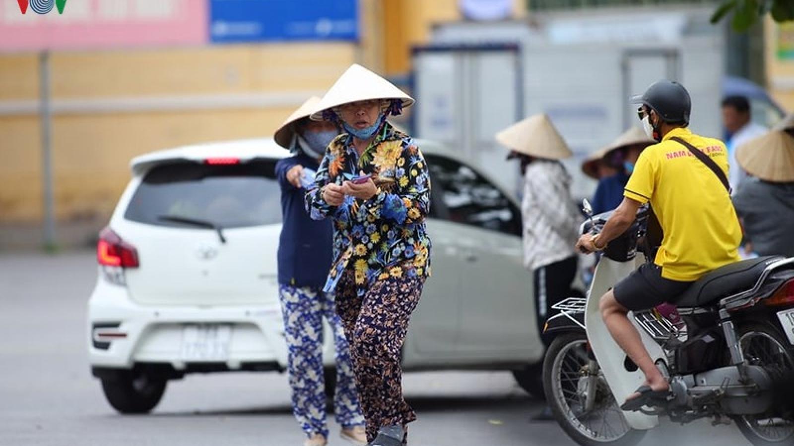 """Giá vé """"chợ đen"""" xem trận Nam Định - HAGL tăng nhẹ"""