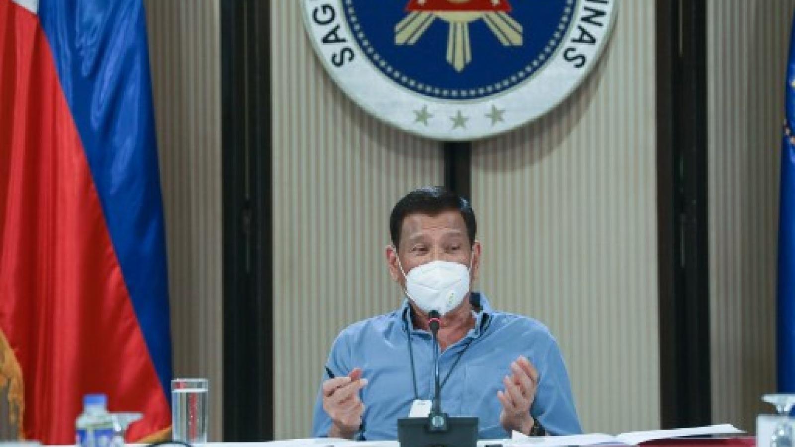 Tổng thống Philippines: Không mở cửa trường học cho đến khi có vaccine