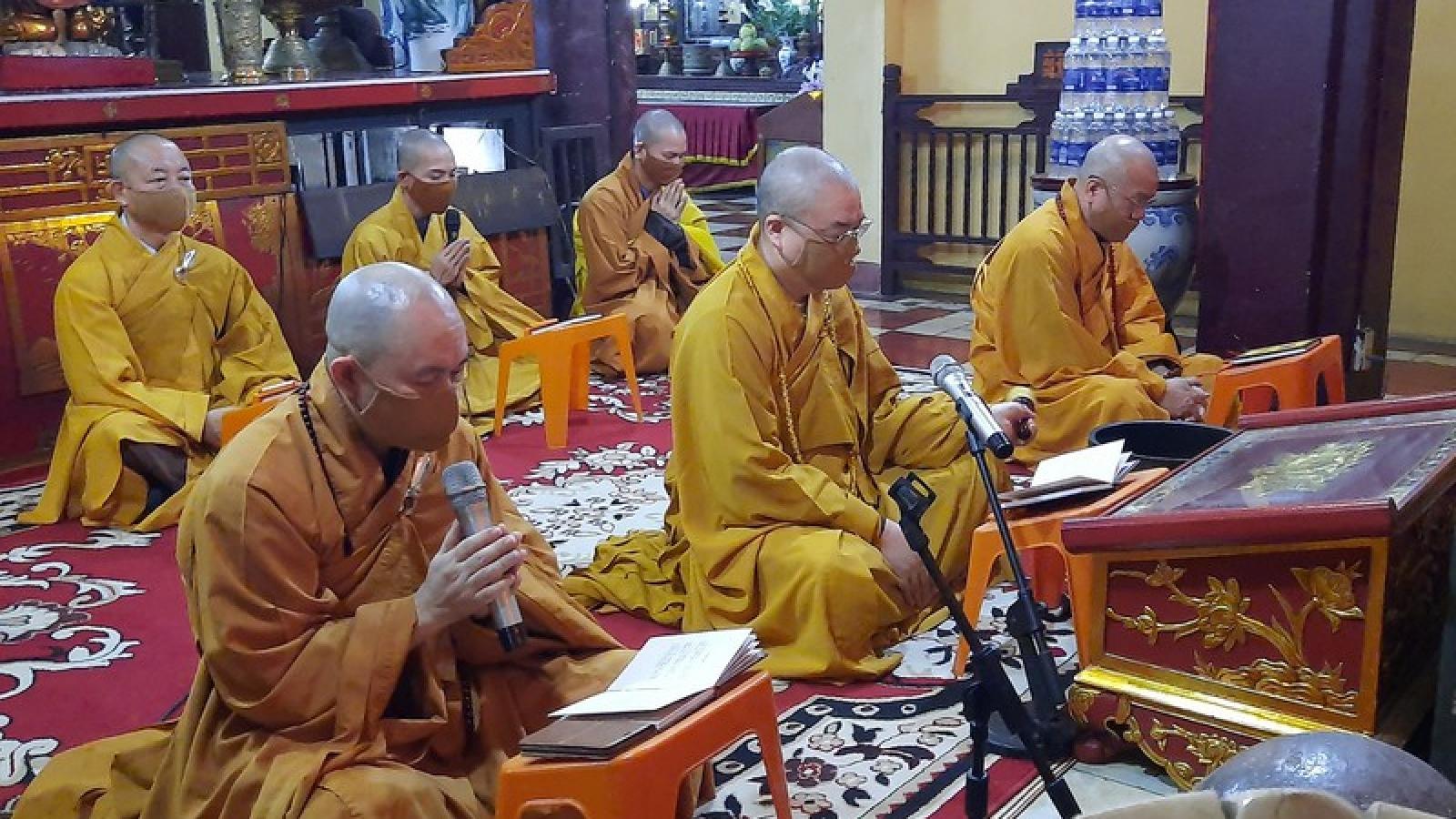 Trà Vinh khuyến khích tổ chức mừng Đại lễ Phật đản trực tuyến và tại tư gia