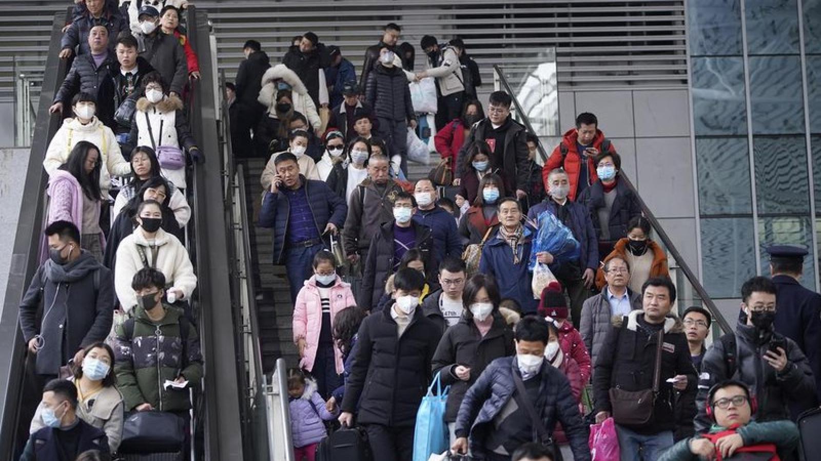 Ca Covid-19 trong cộng đồng ở Trung Quốc làm 8.000 người bị cách ly