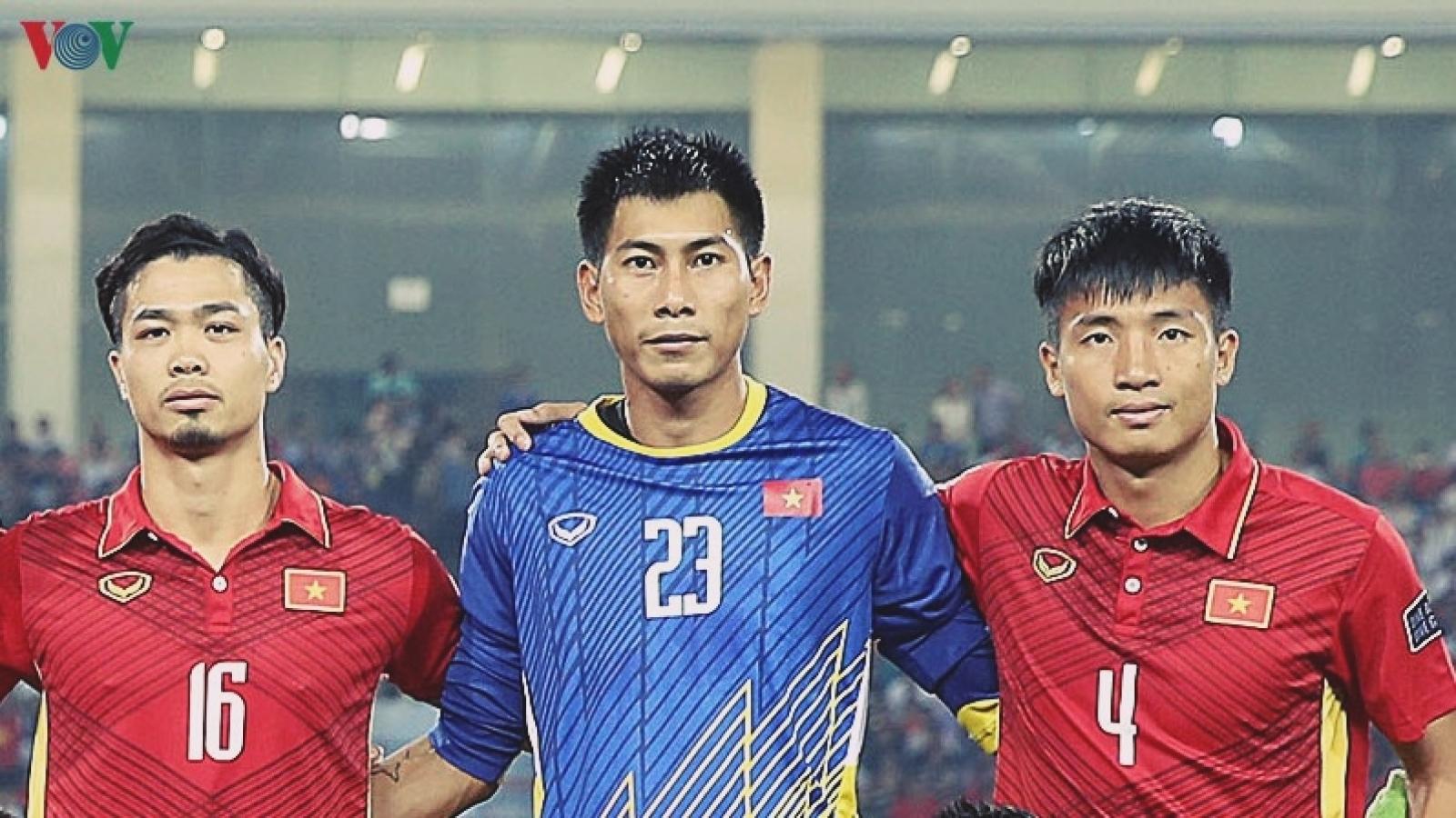 Tuấn Mạnh chia tay Khánh Hòa là vì HLV Park Hang Seo?