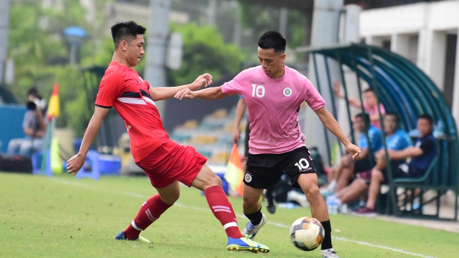 Văn Quyết tỏa sáng trong trận đấu dang dở của Hà Nội FC và Viettel