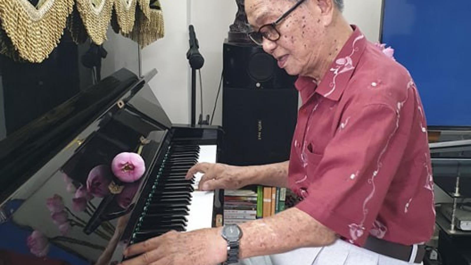 Chuyện về người nhạc sĩ từng hát cho Bác Hồ nghe