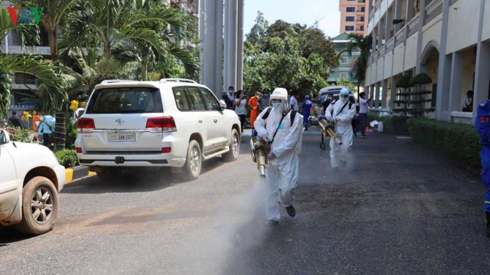 Campuchia kêu gọi người dân ngăn chặn làn sóng dịch Covid-19 lần hai