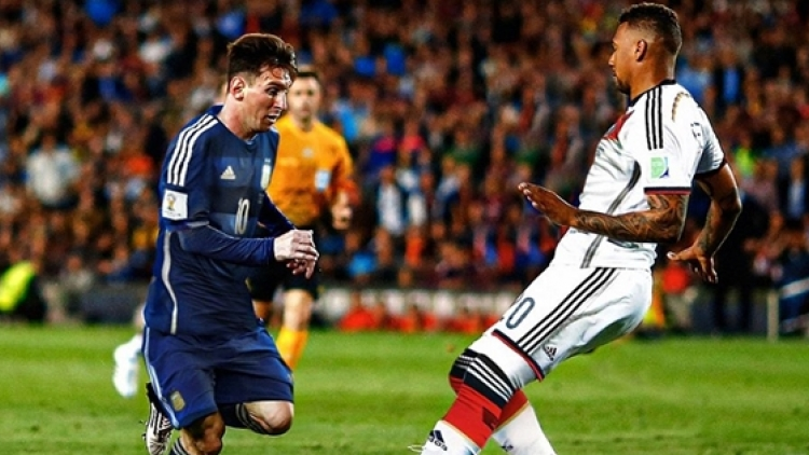 """""""Vũ trụ bóng đá ngược đời"""": Messi vô địch World Cup với ĐT Argentina"""