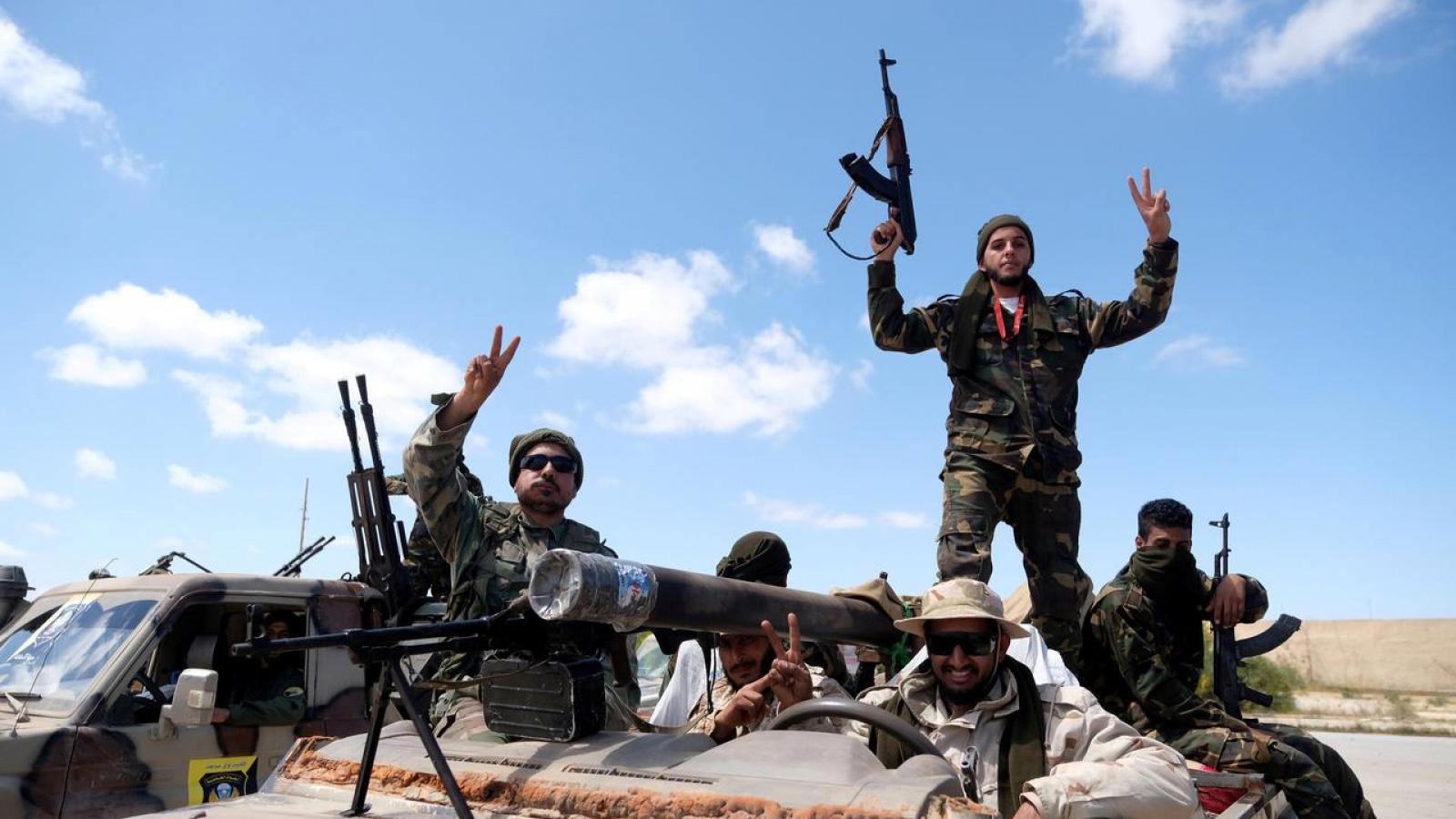 Ai Cập tố Thổ Nhĩ Kỳ đưa các tay súng nước ngoài đến Libya