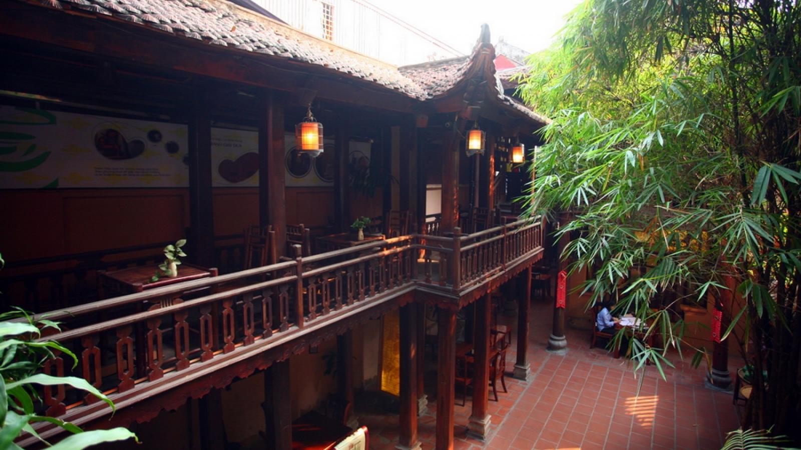 Quán Trà Việt trong ngôi nhà cổ giữa lòng Thủ đô