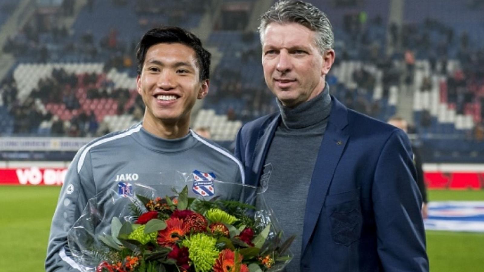 Hà Nội FC sẵn sàng hỗ trợ Hereenven trả lương để Văn Hậu ở lại Hà Lan