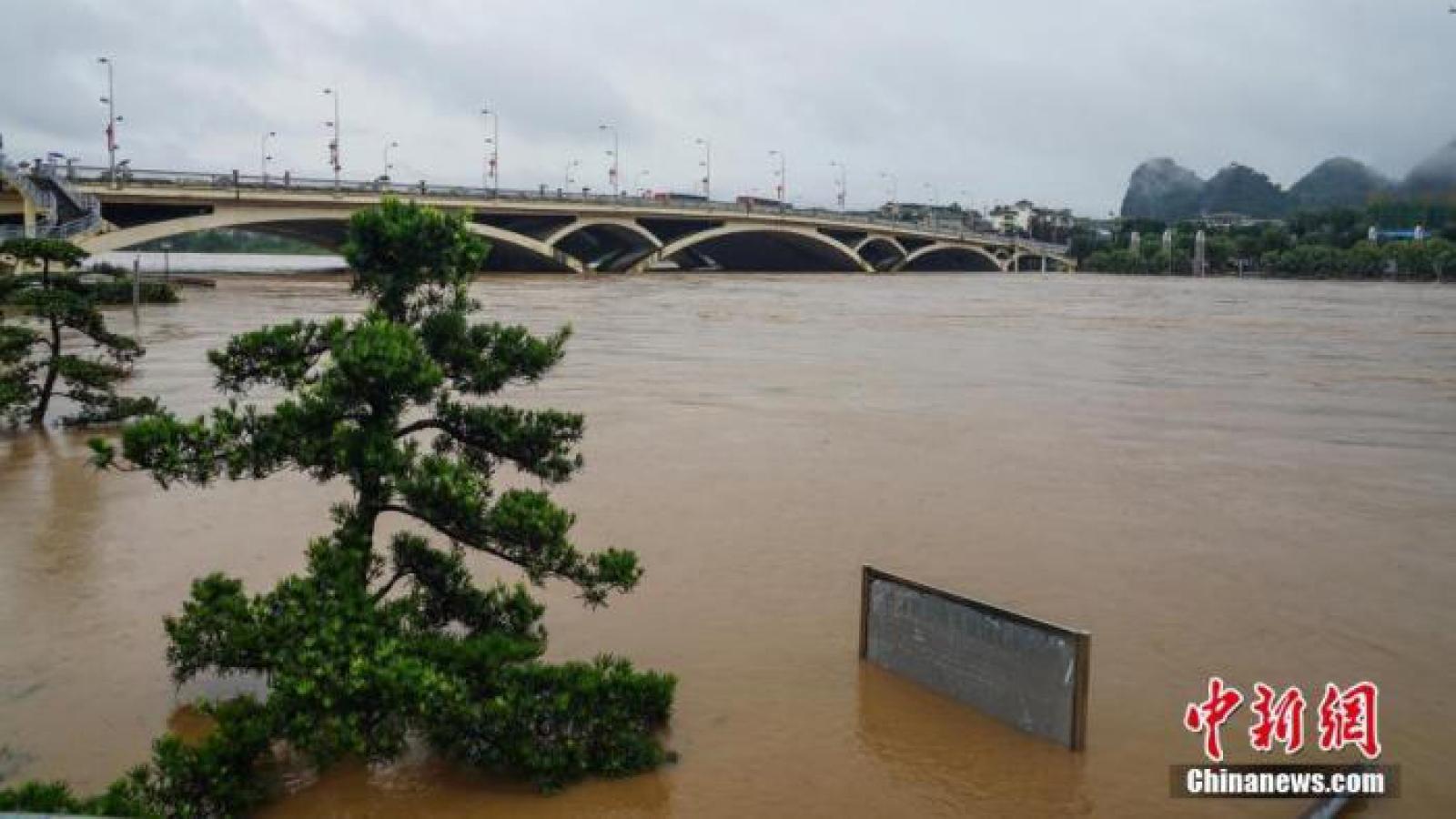 39 người thiệt mạng và mất tích trong mưa lũ tại miền Nam Trung Quốc