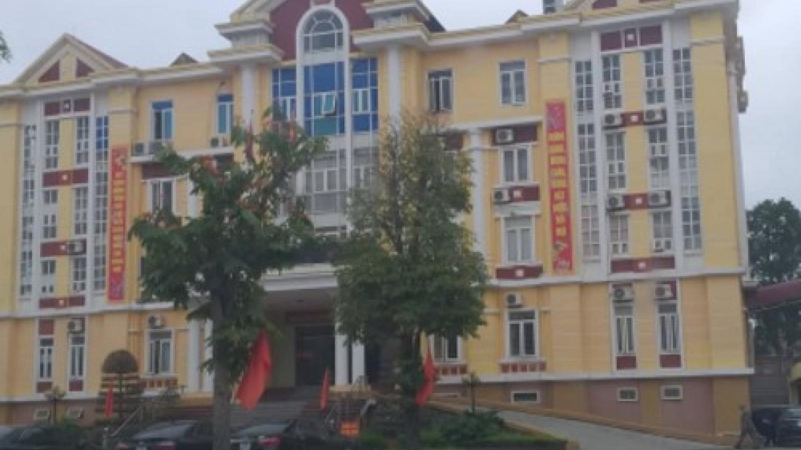 Thanh Hóa: Bắt quả tang Phó Chủ tịch UBND huyện đánh bạc