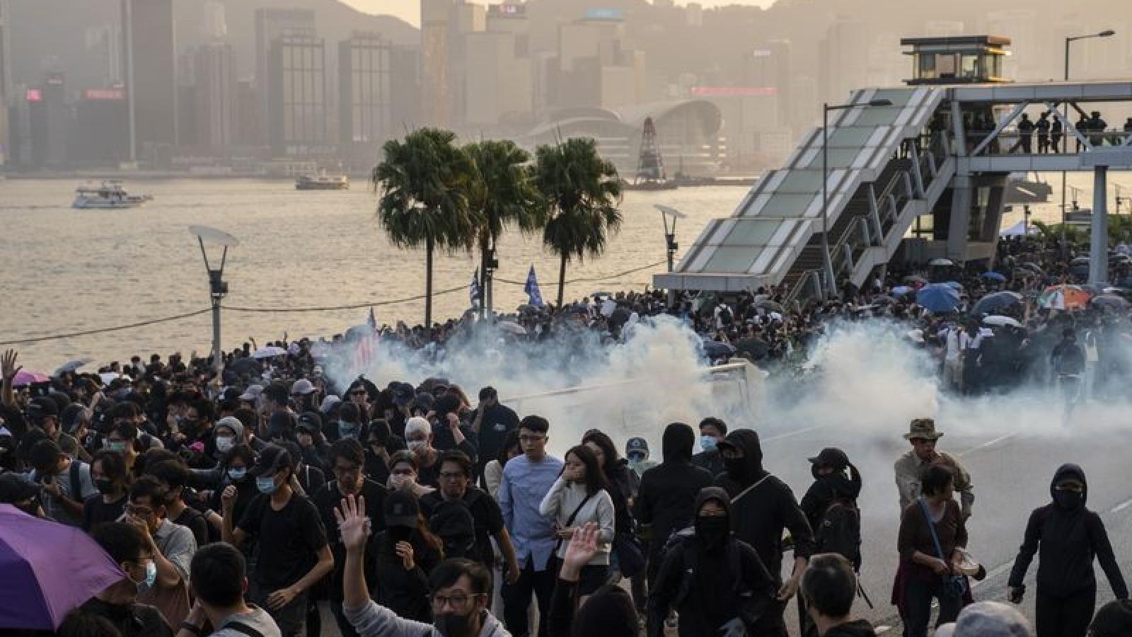 Trung Quốc phản đối lệnh trừng phạt của Mỹ về vấn đề Hong Kong