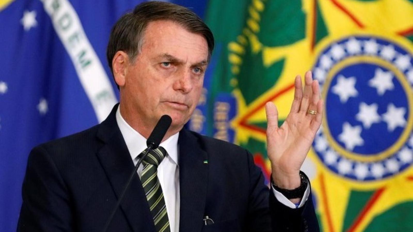 Tổng thống Brazil Bolsonaro nói có thể đã mắc Covid-19