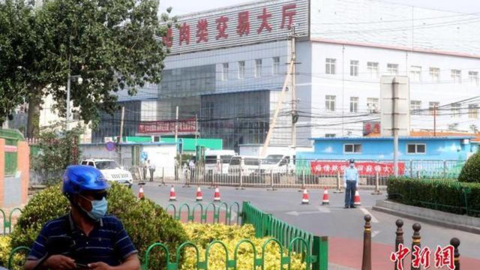Chợ Tân Phát Địa trở thành ổ dịch Covid-19 mới ở Bắc Kinh (Trung Quốc)