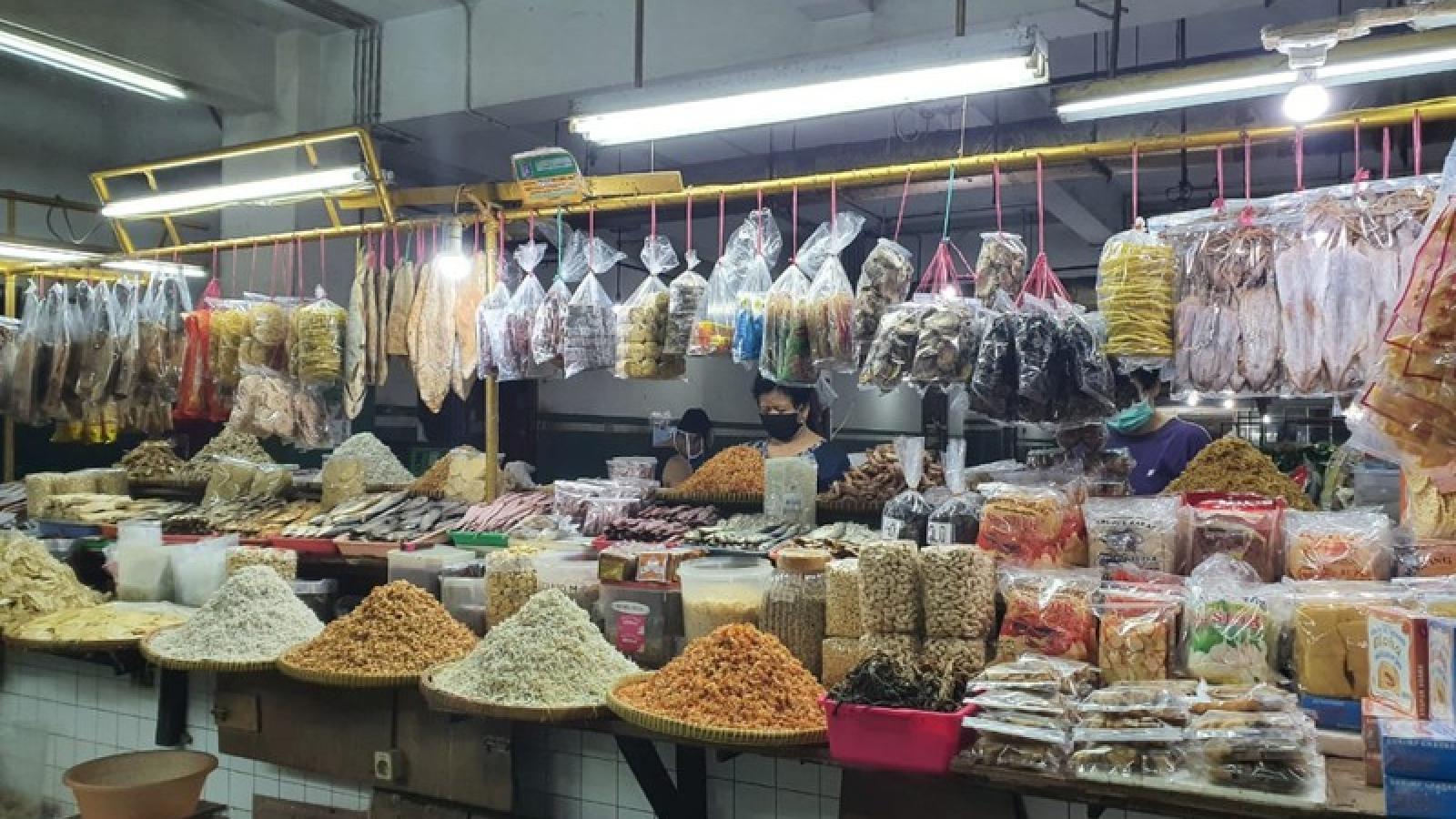 Nguy cơ lây nhiễm Covid-19 cao tại các chợ truyền thống của Indonesia