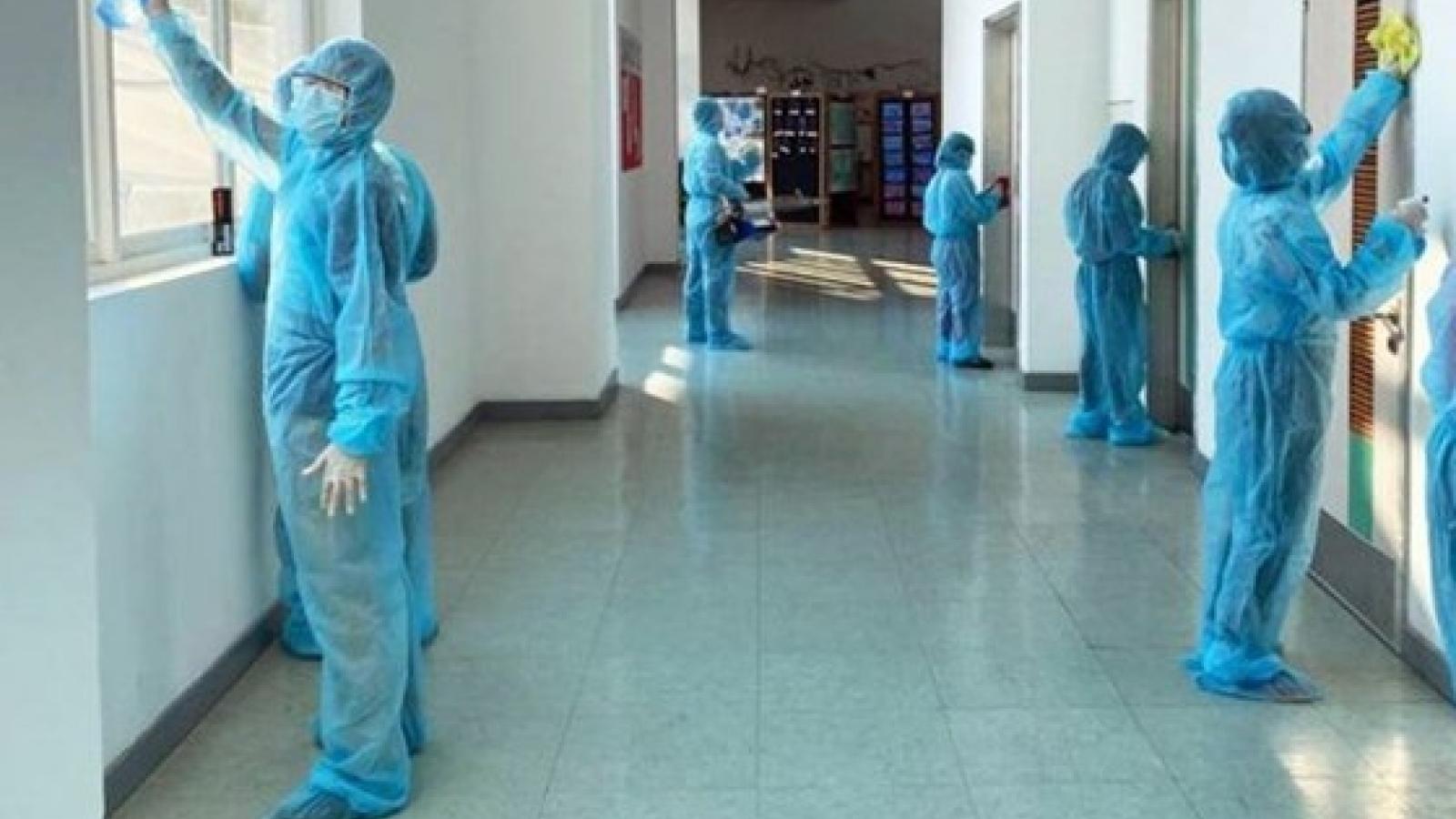 Campuchia tính phí xét nghiệm-điều trị Covid-19 với người nước ngoài