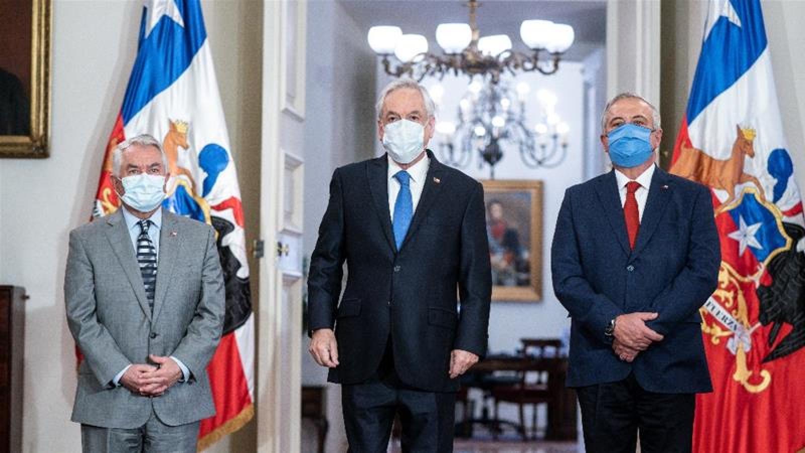 Số ca Covid-19 tăng nhanh, Chile thay Bộ trưởng Y tế
