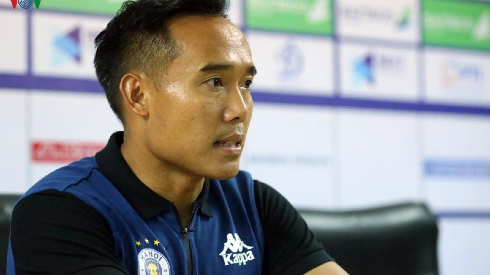 Vì sao Văn Quyết vắng mặt ở trận Hà Nội FC 3-0 Đồng Tháp?