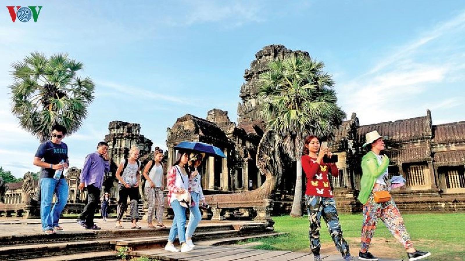 Covid-19 đẩy ngành du lịch Campuchia thụt lùi 5 năm