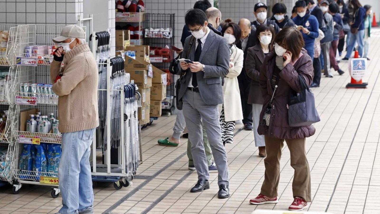 Số ca mắc Covid-19 tại thủ đô của Nhật Bản và Hàn Quốc tăng vọt