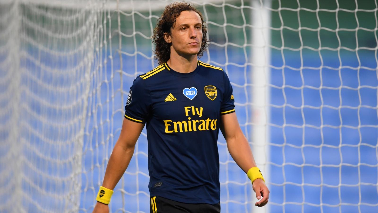 Thi đấu thảm họa, David Luiz vẫn được Arsenal gia hạn hợp đồng