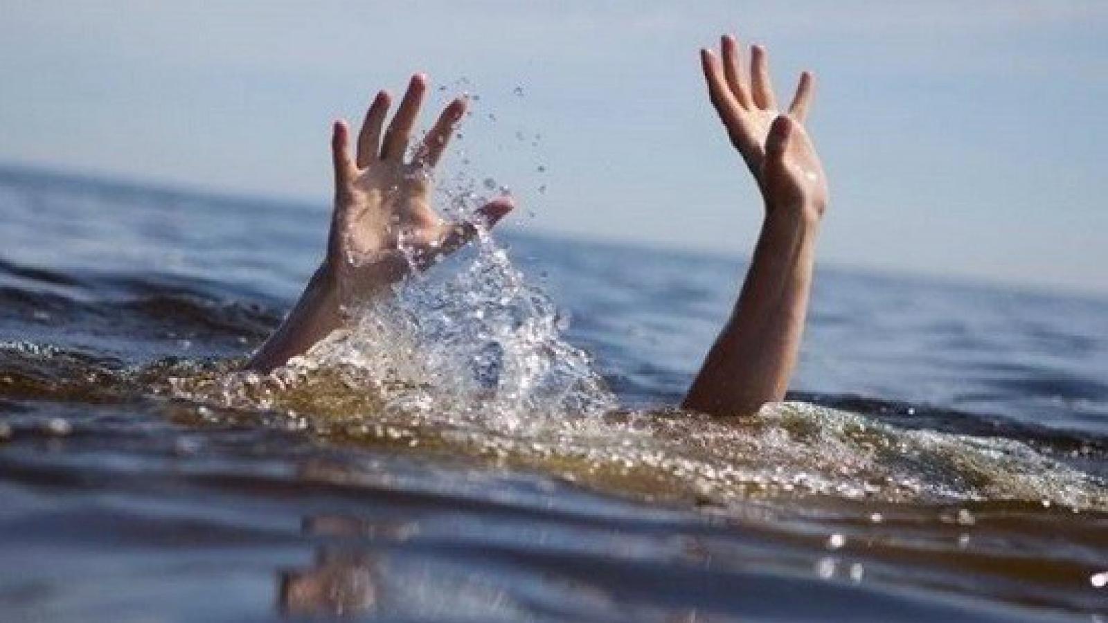 Mỗi năm vẫn có khoảng 2.000 trẻ em tử vong do đuối nước