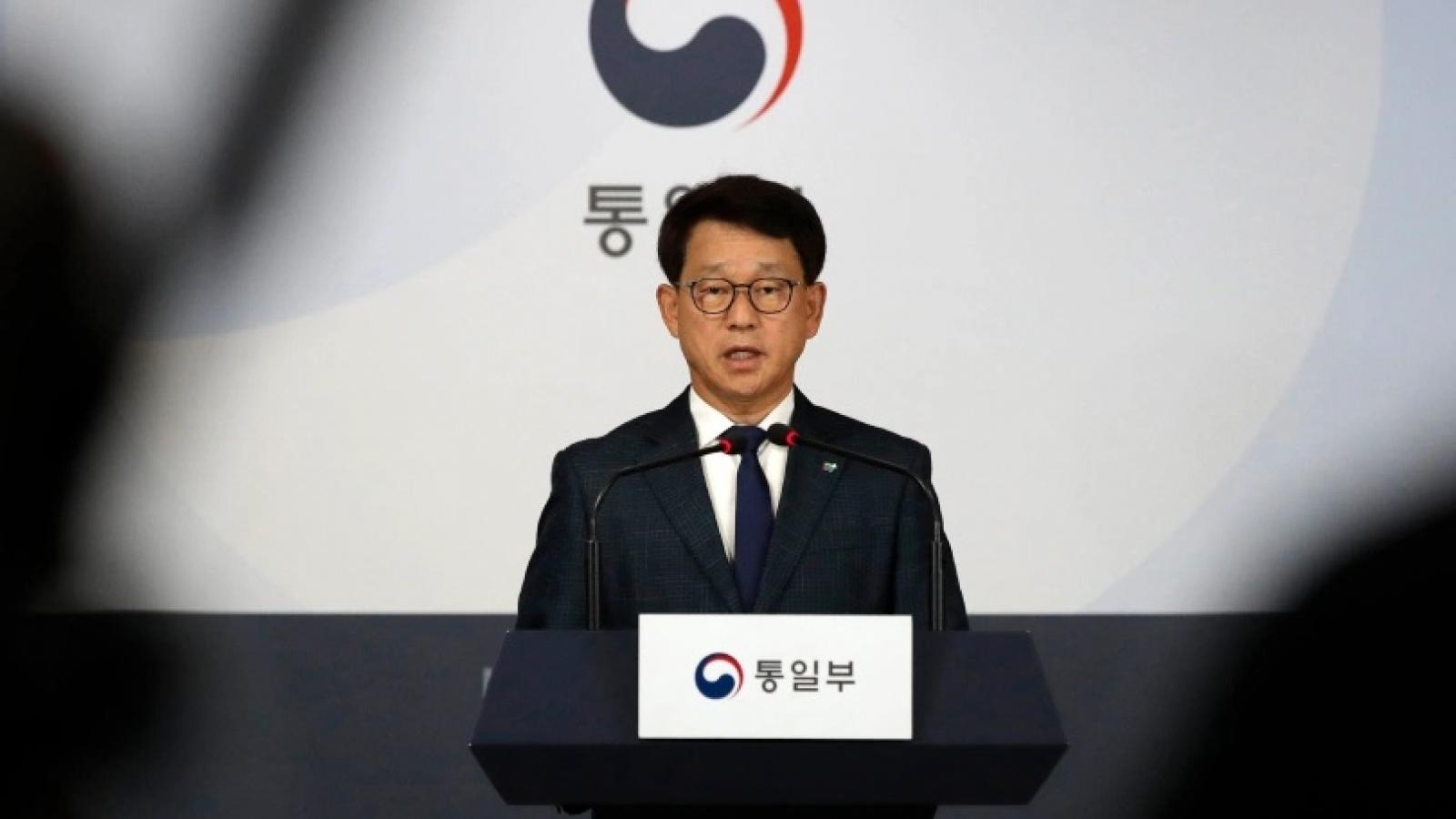 Hàn Quốc trừng phạt 2 tổ chức rải truyền đơn sang biên giới Triều Tiên