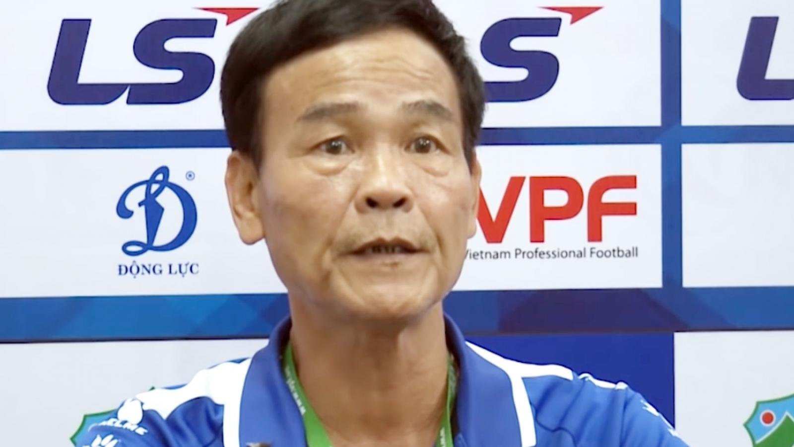Nam Định thua HAGL vì bị trọng tài thổi bất lợi?