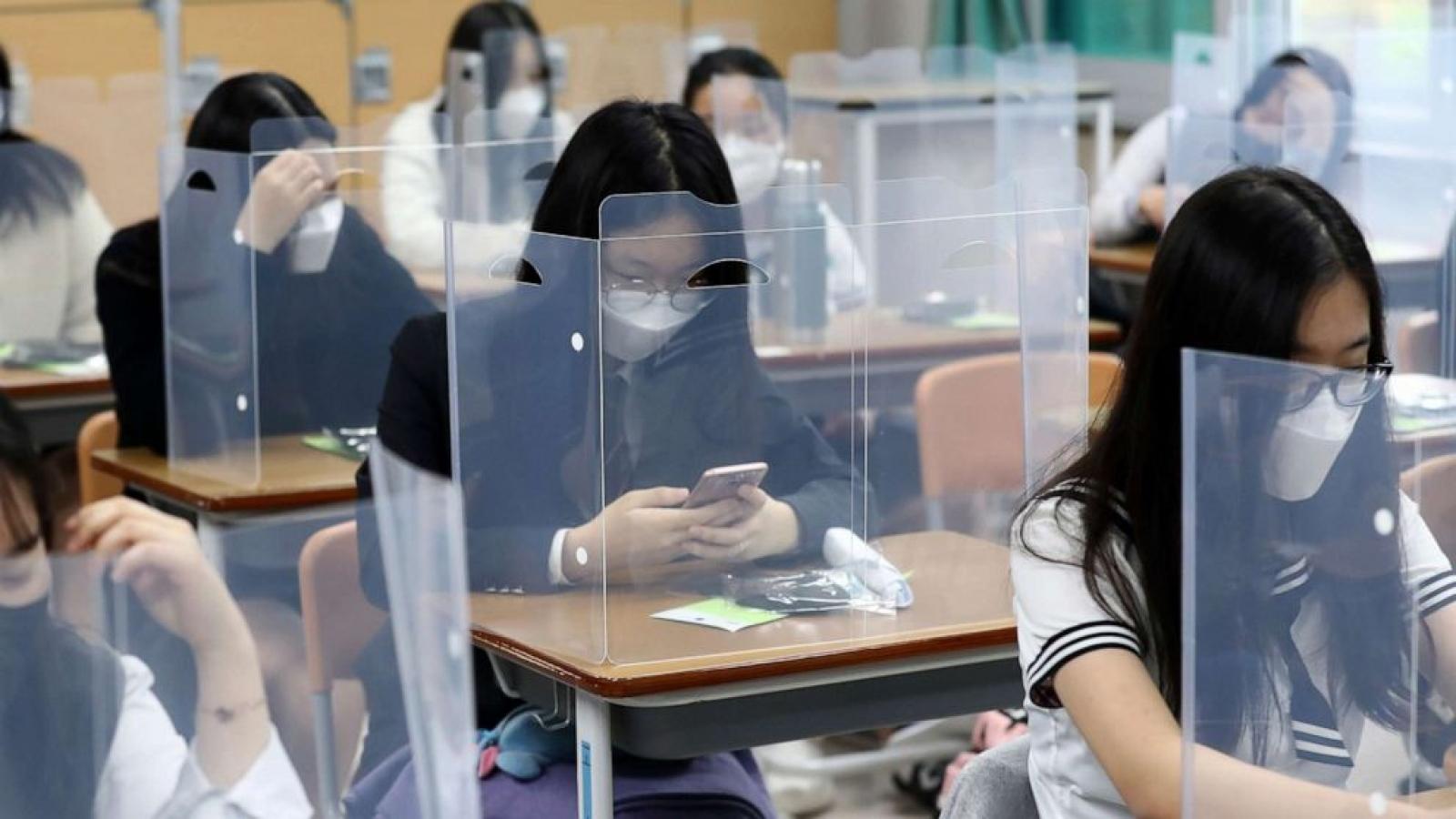 Hàn Quốc giảm ca nhiễm mới – mở cửa hoàn toàn các trường học trở lại