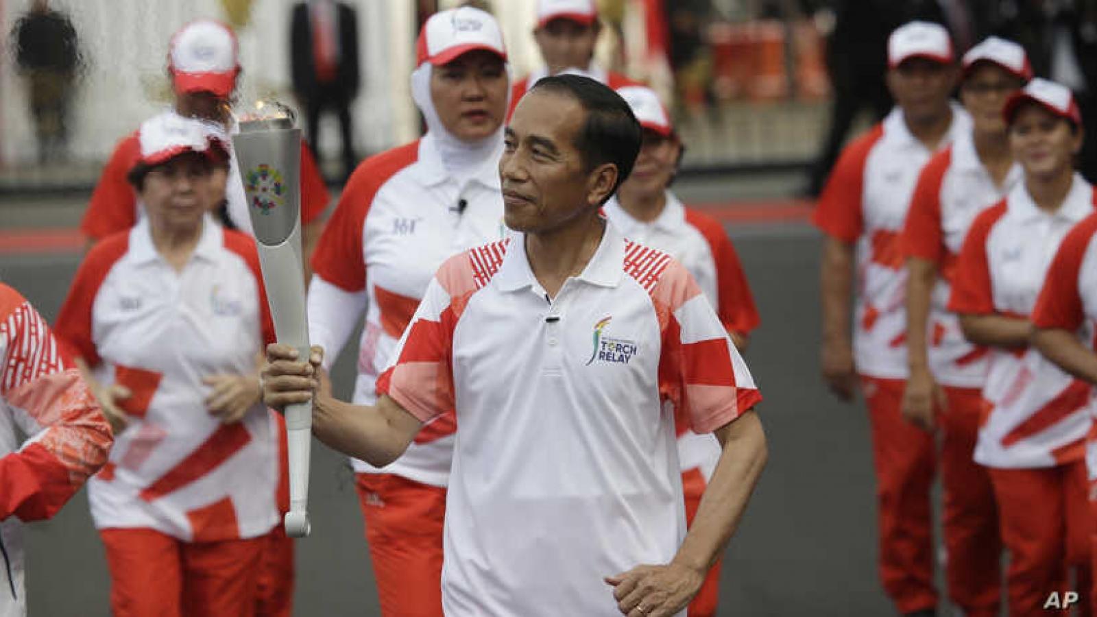 Tổng thống Indonesia chạy bộ, khuyến khích người dân tập thể dục