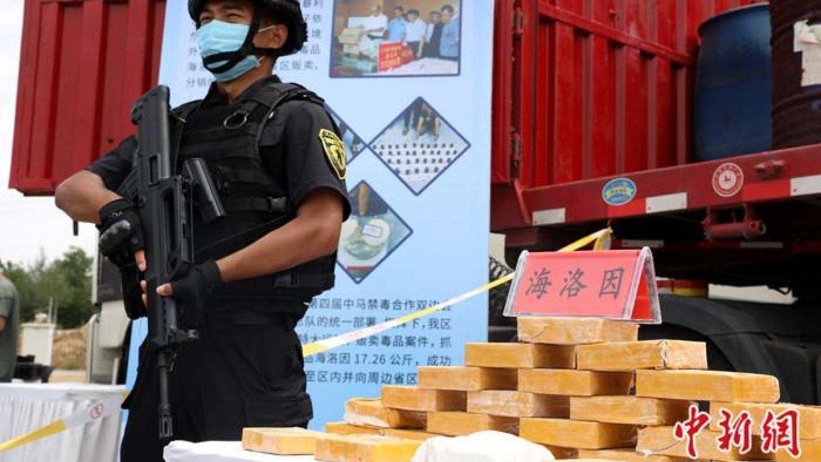 Trung Quốc: Vận chuyển ma túy qua chuyển phát nhanh gia tăng sau dịch
