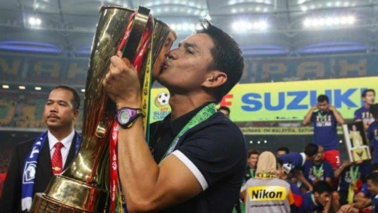 Kiatisuk đánh bại HLV Park ở cuộc bầu chọn HLV hay nhất Đông Nam Á