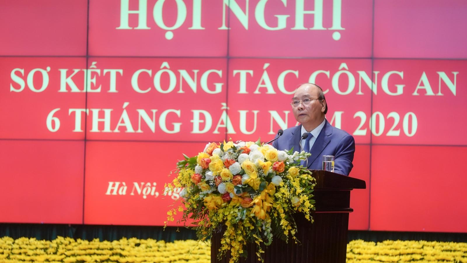 Thủ tướng: Bộ Công an bảo đảm tiến độ điều tra các vụ án tham nhũng