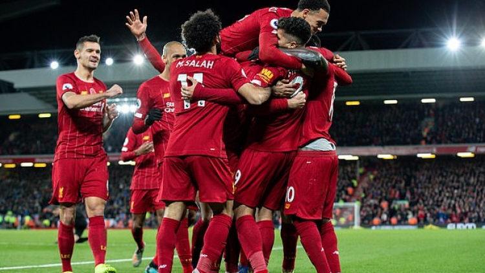 Premier League thất thu số tiền cực lớn ở mùa giải 2019/2020