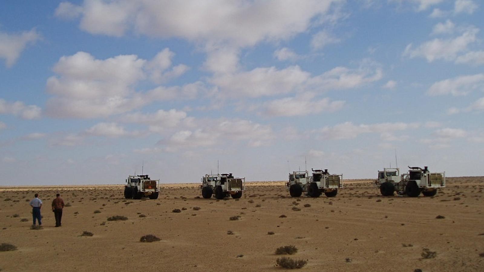 Quân đội Quốc gia Libya đóng cửa 200km không phận tại Sirte