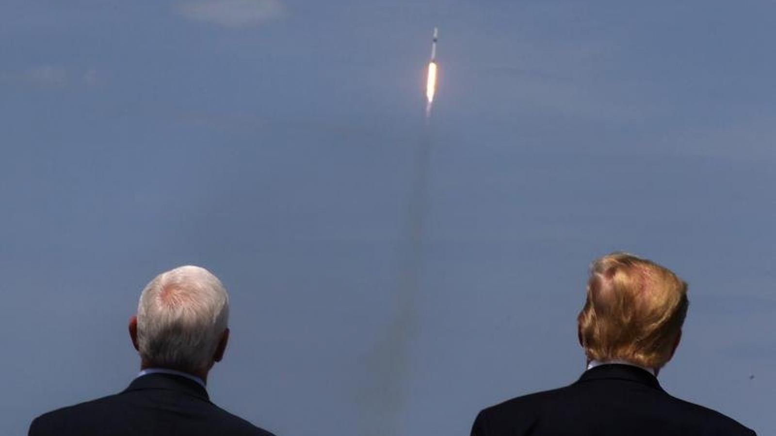 """Tham vọng sao Hỏa và giấc mơ không gian """"cho mọi người"""" của SpaceX"""