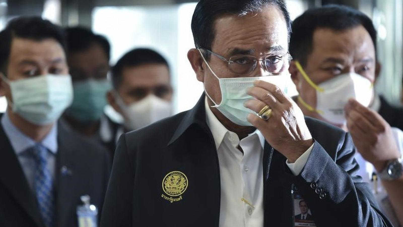 Thủ tướng Thái Lan đồng ý dỡ bỏ lệnh giới nghiêm
