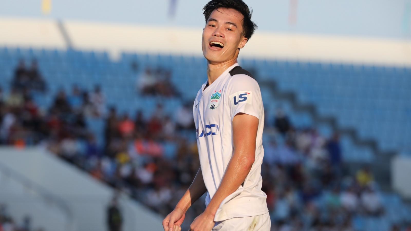 """Top 5 bàn thắng đẹp vòng 6 V-League 2020: """"Vua tốc độ"""" góp mặt"""