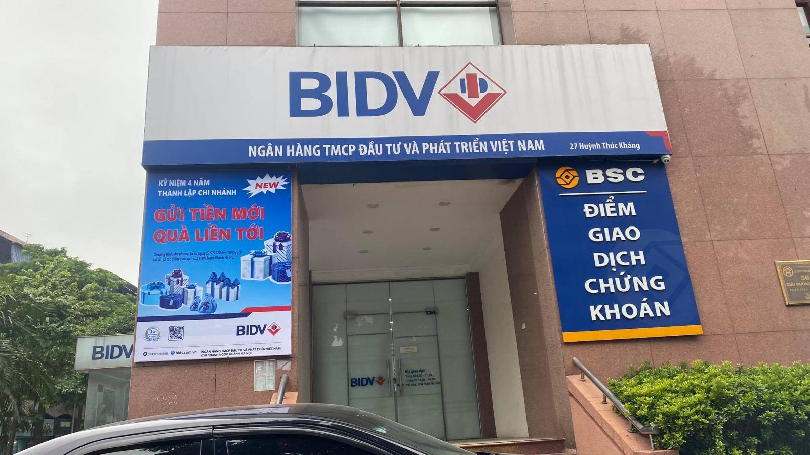 Nhóm cướp nổ súng tại ngân hàng BIDV ở Hà Nội