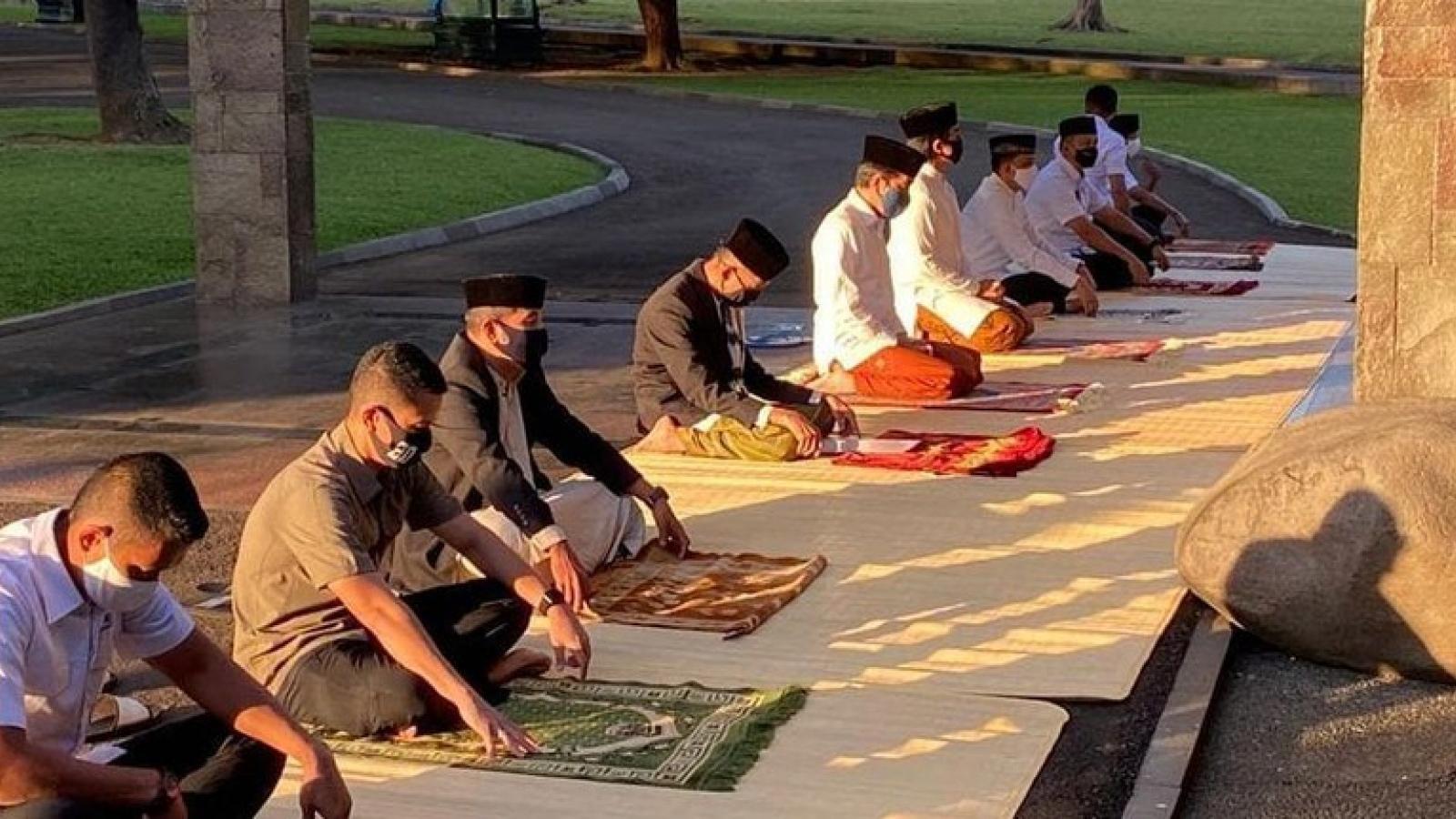 Indonesia đón lễ hiến sinh Eid Al-Adha giữa đại dịch Covid-19