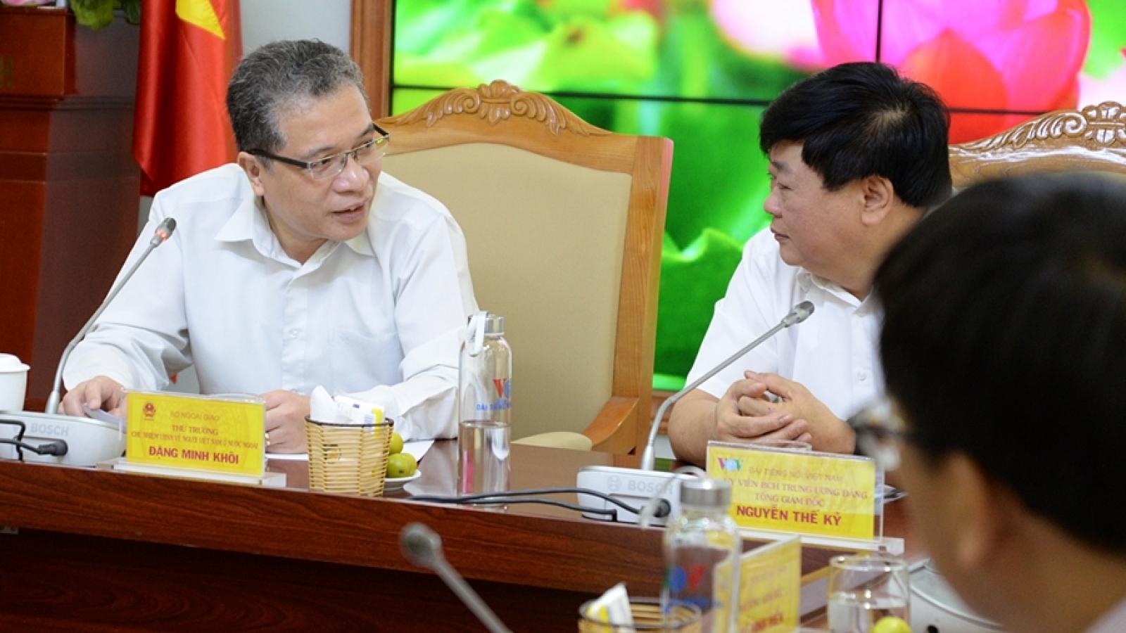 VOV cần tiếp tục đột phá trong thông tin với người Việt ở nước ngoài