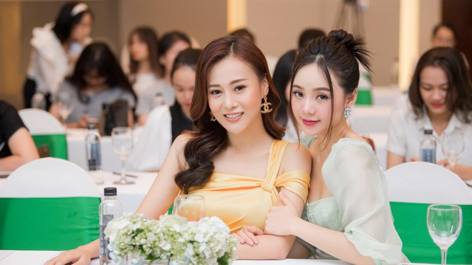 """Phương Oanh, Quỳnh Kool """"so kè"""" nhan sắc vạn người mê"""